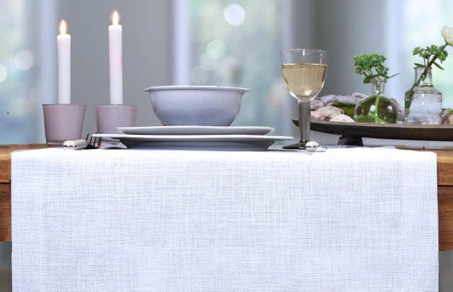 weiße Tischdecke Sander