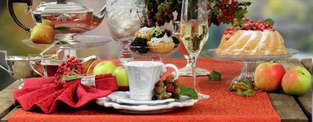 Englischer Afternoon Tea Tischdeko