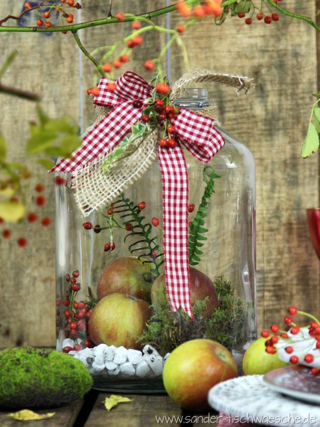 tischdeko diy herbstliche dekoration mit weckgl sern vorratsgl sern und marmeladengl sern basteln. Black Bedroom Furniture Sets. Home Design Ideas