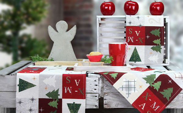 ADVENT in klassischen Weihnachtsfarben-genau so schön wie in Silber.