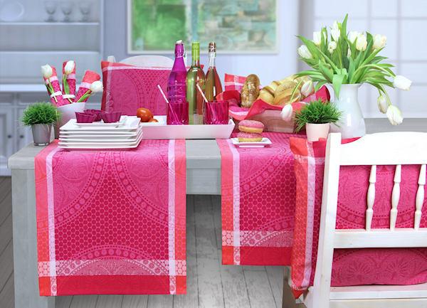 tischdecke fr hling tisch decken. Black Bedroom Furniture Sets. Home Design Ideas