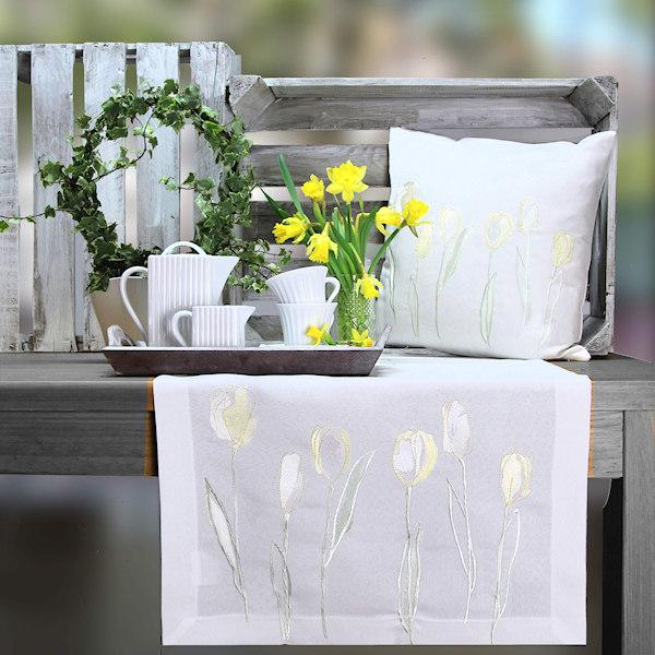 Tischläufer Stickerei Tulpenmotiv