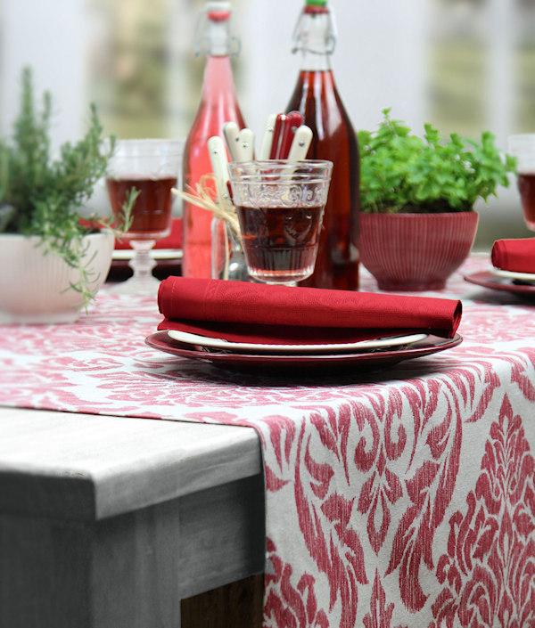 rot gemusterte Tischdecke bestellen