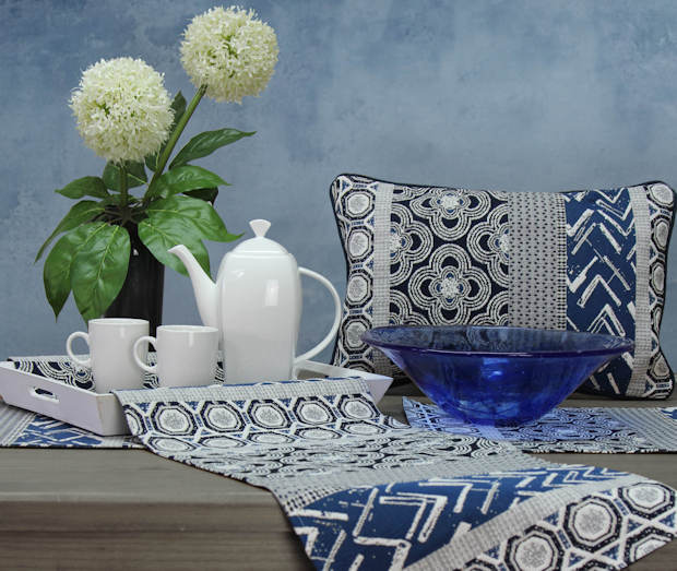 Goeblin Tischsets, Gobelin Tischläufer und Kissen in blau