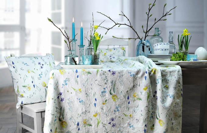 Tischdecke Blumenmuster