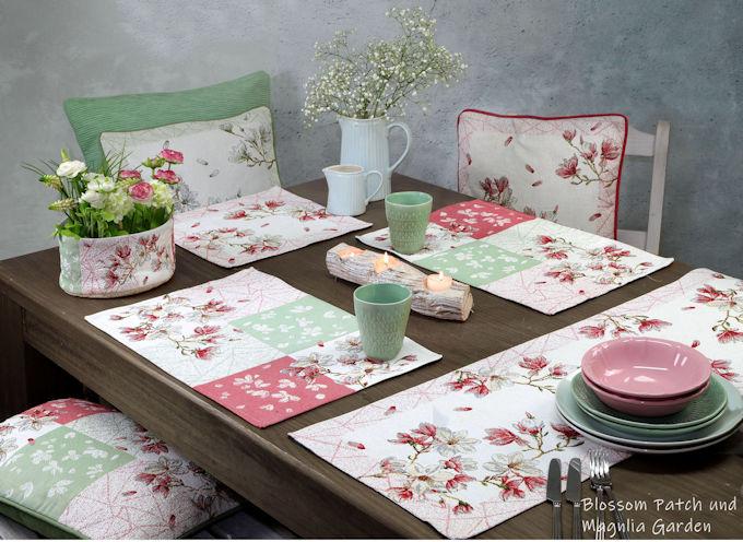 gobelin Tischsets und Gobelin Tischläufer mit Kissen Magnolien