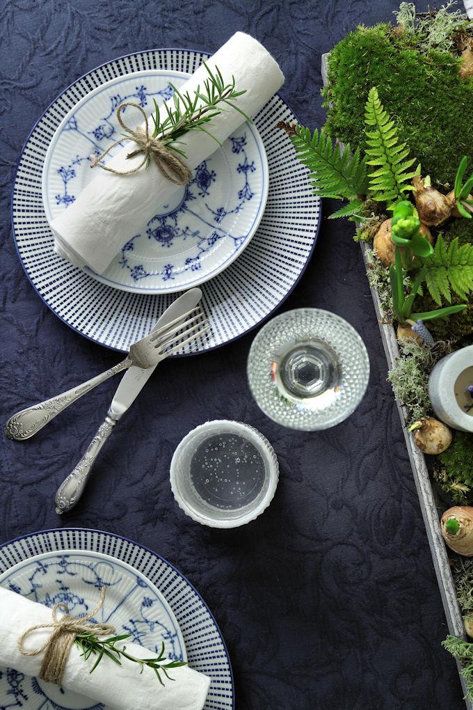 Blaue Tischdecke Musselmalet